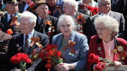 Минтруд предложил ветеранам ВОВ по 10 тыс. рублей ежегодно